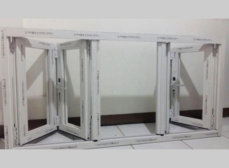 Pintu Lipat EZ Folding | PT Abadi Jaya Aluminium